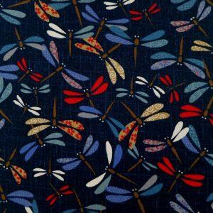 Tissu style traditionnel avec libellules colorées sur fond couleur indigo