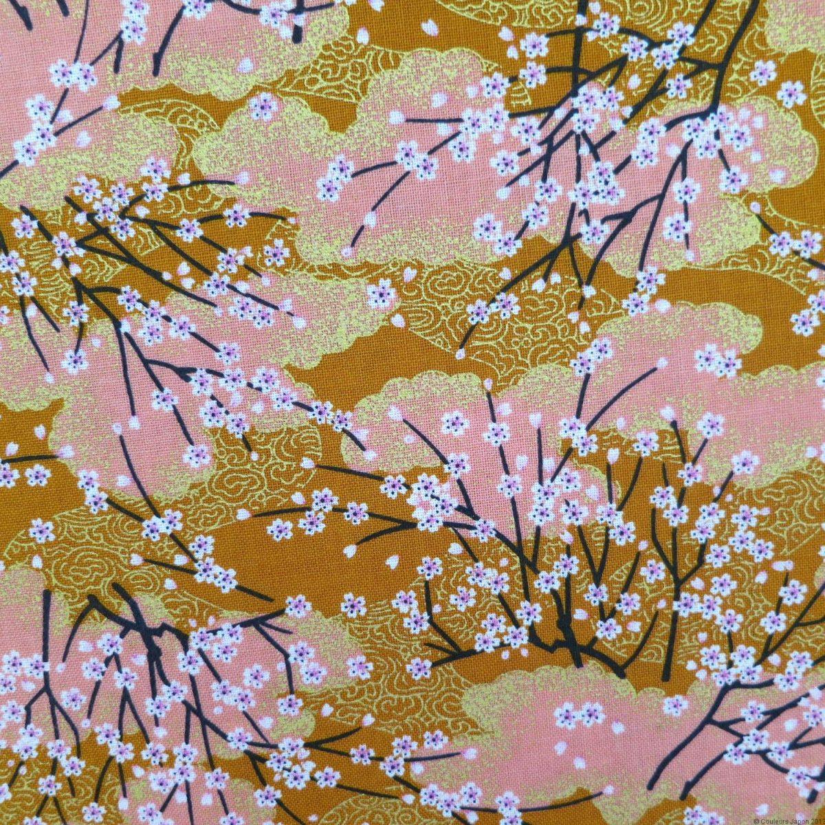Tissu fleurs de cerisier sur fond ocre