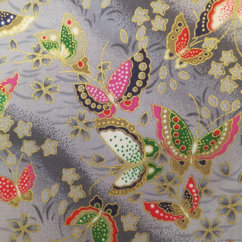 Détail du tissu japonais gris motifs de papillons