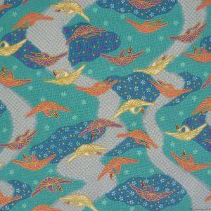Tissu à motifs de grues sur fond bleu azur