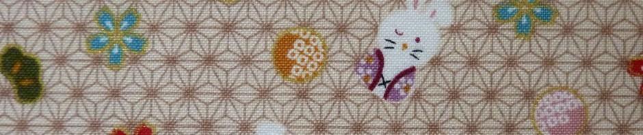 Tissu beige lapins et asanoha