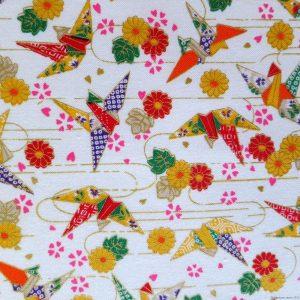 Tissu avec motifs de grues origami