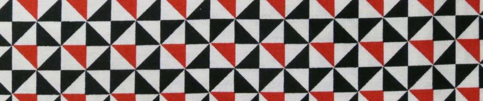 En version noire rouge et blanche