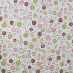 Tissu blanc cassé motifs de fleurs roses et vertes