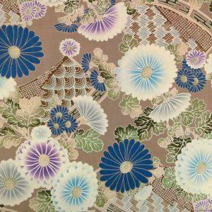 Tissu motifs de chrysanthèmes sur fond beige